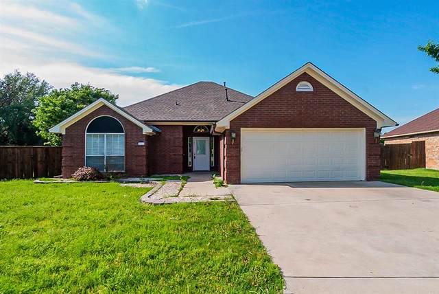 2033 Brooke Drive, Sanger, TX 76266 (MLS #14579114) :: The Daniel Team