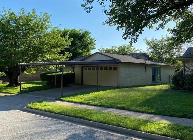 716 Ruidoso Drive, Saginaw, TX 76179 (MLS #14579300) :: Rafter H Realty