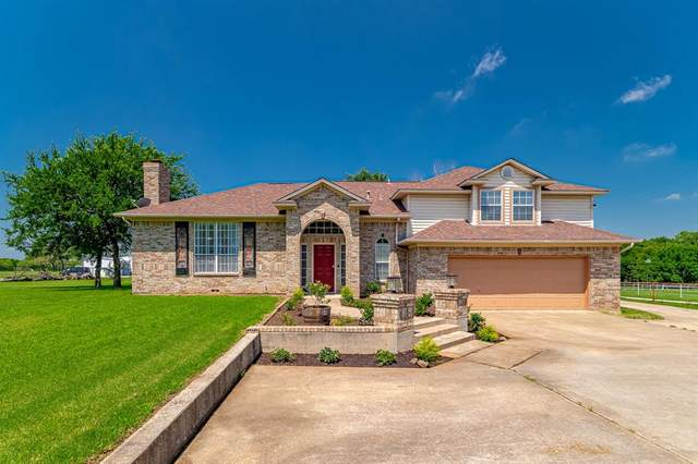 4881 New Hope Road, Aubrey, TX 76227 (MLS #14579382) :: Real Estate By Design