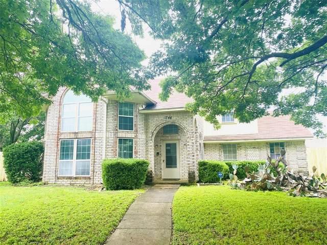 1744 Worthington Lane, Lancaster, TX 75134 (MLS #14579624) :: HergGroup Dallas-Fort Worth