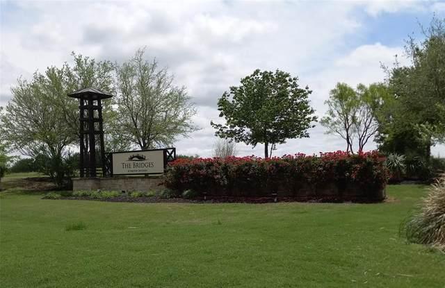 1701 Eagle Glen Pass, Gunter, TX 75058 (MLS #14579665) :: Lisa Birdsong Group | Compass