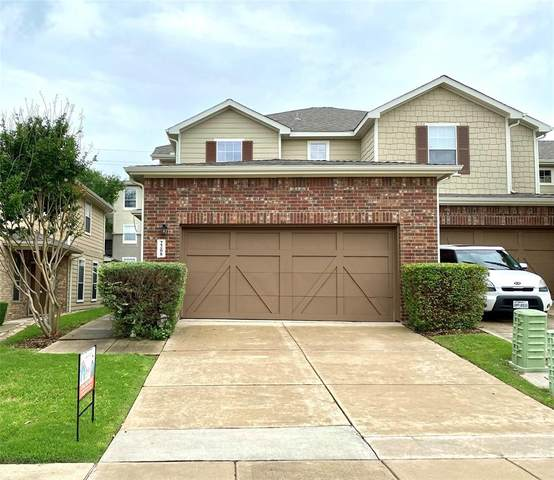 2208 Oklahoma Avenue, Plano, TX 75074 (MLS #14579777) :: Real Estate By Design