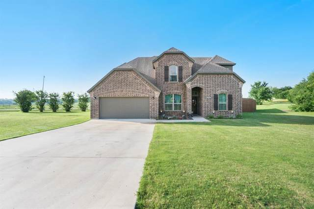2300 S Nolan River Road, Cleburne, TX 76033 (#14579920) :: Homes By Lainie Real Estate Group