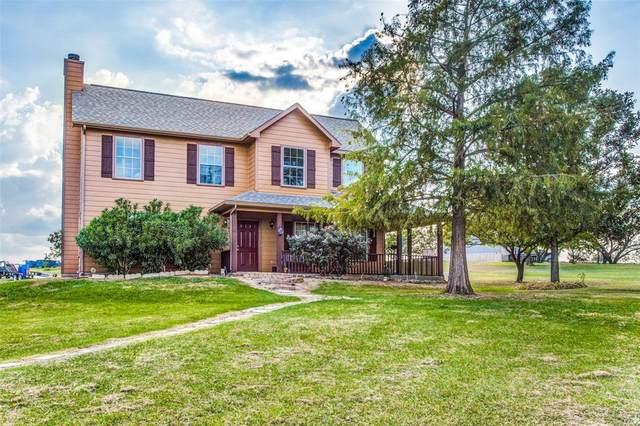 1040 Hunt Road, Gunter, TX 75058 (MLS #14580130) :: Real Estate By Design