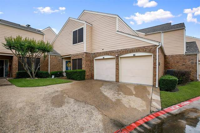 211 Cimarron Trail #5, Irving, TX 75063 (#14580373) :: Homes By Lainie Real Estate Group