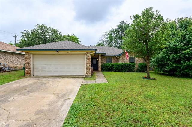 3004 Beverly Drive, Denton, TX 76209 (MLS #14580400) :: Real Estate By Design