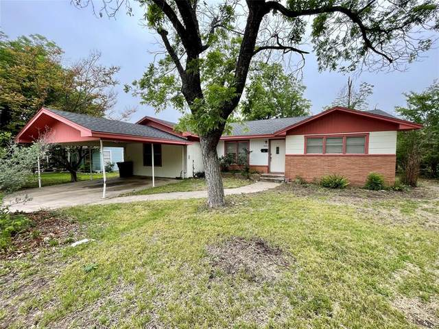 1909 S Cypress Street, Brady, TX 76825 (MLS #14580617) :: Real Estate By Design