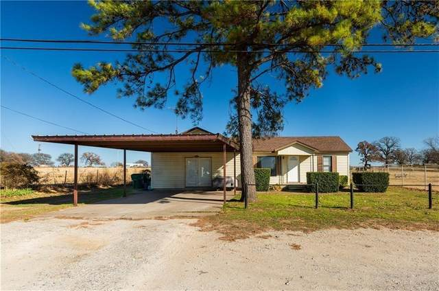 1030 N Main Street, Springtown, TX 76082 (MLS #14580746) :: Real Estate By Design
