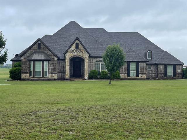 11131 Lakecrest Drive, Sanger, TX 76266 (MLS #14580813) :: The Mauelshagen Group