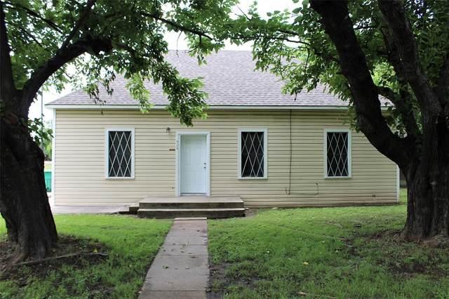 524 S Washington Street, Pilot Point, TX 76258 (MLS #14581494) :: Real Estate By Design