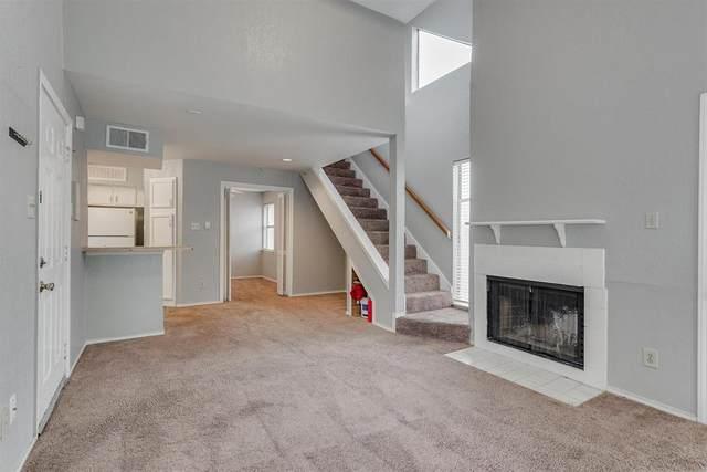 9821 Walnut Street #203, Dallas, TX 75243 (MLS #14581679) :: Real Estate By Design