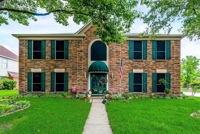 2800 Clearmeadow Drive, Mesquite, TX 75181 (MLS #14582400) :: Real Estate By Design