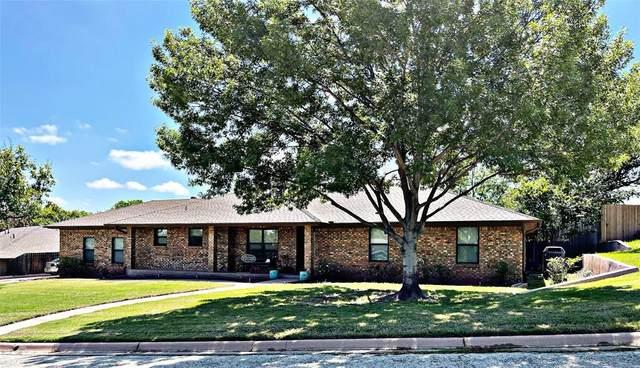 733 Scott Place, Abilene, TX 79601 (MLS #14582847) :: Maegan Brest | Keller Williams Realty