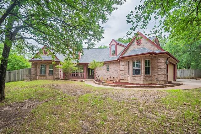 507 Oak Hills Drive, Newark, TX 76071 (MLS #14583010) :: Real Estate By Design