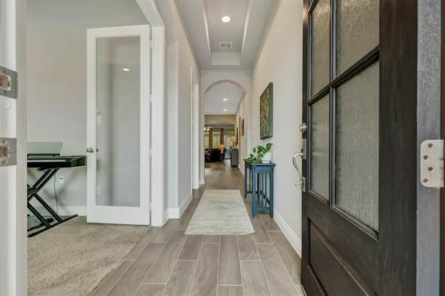 9501 Longhorn Lane, Oak Point, TX 75068 (MLS #14583568) :: Real Estate By Design