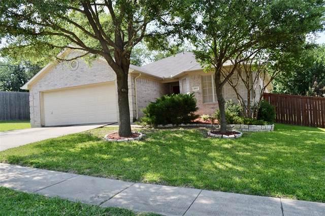 801 E Huitt Lane, Euless, TX 76040 (MLS #14583603) :: Front Real Estate Co.