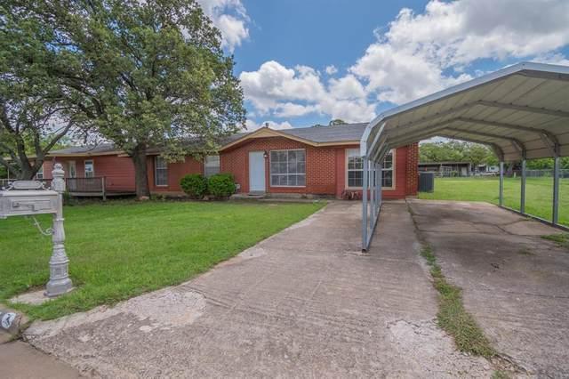 1301 Royal Lane, Cisco, TX 76437 (MLS #14583671) :: Real Estate By Design