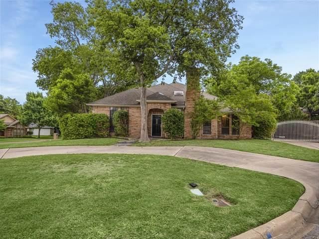 4401 Hillside Court, Benbrook, TX 76132 (MLS #14583897) :: Front Real Estate Co.