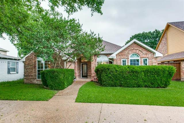 17820 Hillcrest Road, Dallas, TX 75252 (MLS #14584012) :: VIVO Realty