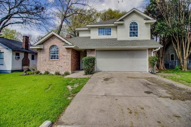 305 Virginia Avenue, Waxahachie, TX 75165 (MLS #14584094) :: Real Estate By Design