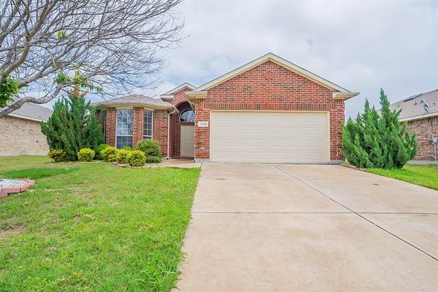 1104 Hearthstone Drive, Burleson, TX 76028 (MLS #14584804) :: Front Real Estate Co.