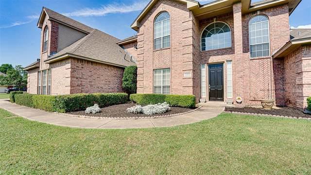 205 Seneca Drive, Waxahachie, TX 75165 (MLS #14584926) :: VIVO Realty