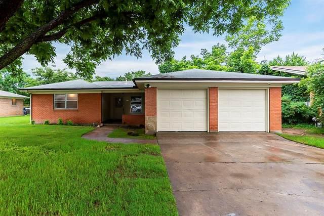 425 Bob Street, Hurst, TX 76053 (MLS #14585222) :: Real Estate By Design