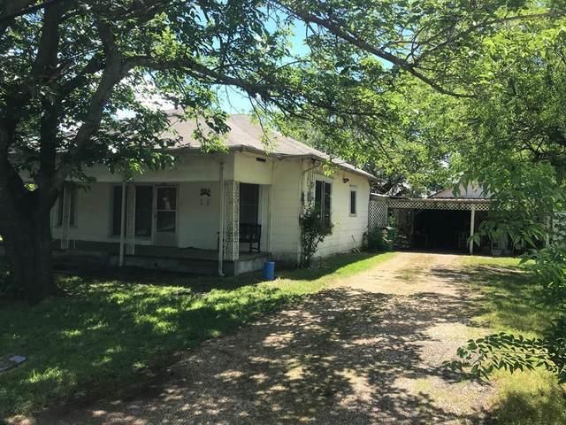 808 S Jesse Lee Street, Kemp, TX 75143 (MLS #14585451) :: Real Estate By Design
