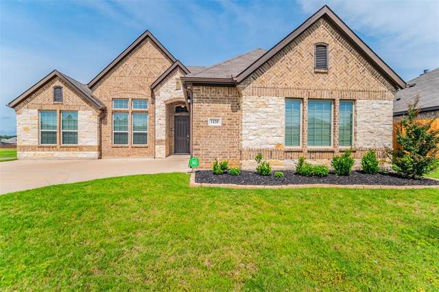 1428 Grassy Meadows Drive, Burleson, TX 76058 (MLS #14585740) :: Rafter H Realty