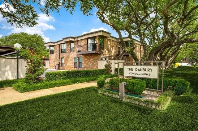 4949 Skillman Street #153, Dallas, TX 75206 (MLS #14586257) :: VIVO Realty
