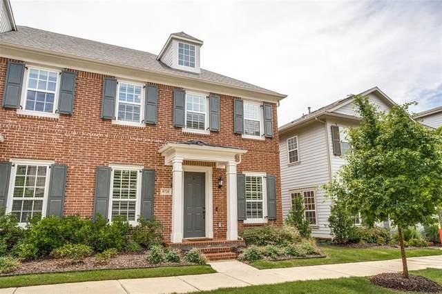 8720 Ice House Drive, North Richland Hills, TX 76180 (MLS #14586606) :: VIVO Realty