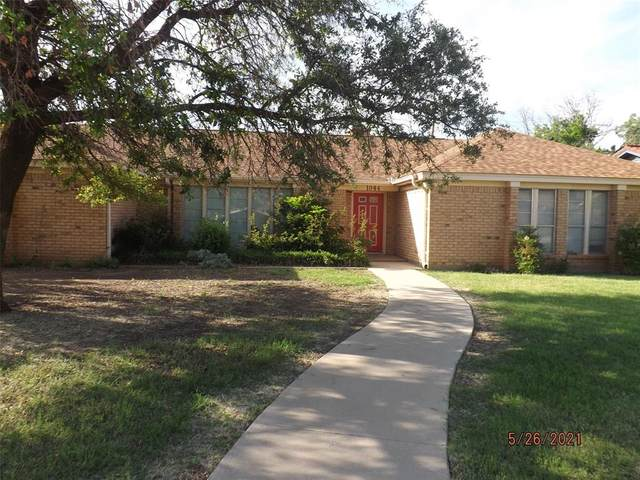 1044 4th Street, Hamlin, TX 79520 (MLS #14586796) :: Real Estate By Design