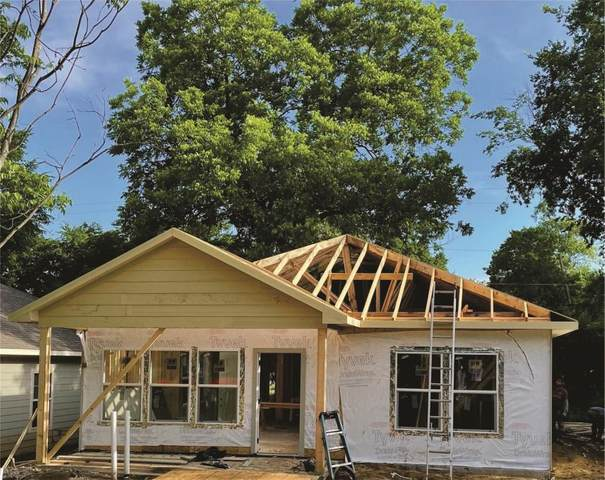 323 E Shepherd Street, Denison, TX 75021 (MLS #14586841) :: Craig Properties Group