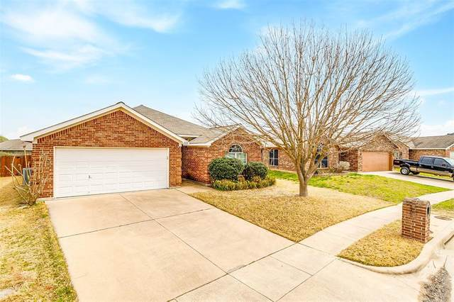 12221 Rolling Ridge Drive, Fort Worth, TX 76028 (MLS #14587288) :: Real Estate By Design
