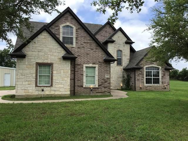 2404 Pecan Springs Road, Cleburne, TX 76031 (MLS #14587627) :: Real Estate By Design