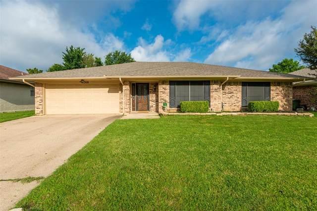 4908 Spring Creek Road, Arlington, TX 76017 (MLS #14587668) :: Real Estate By Design