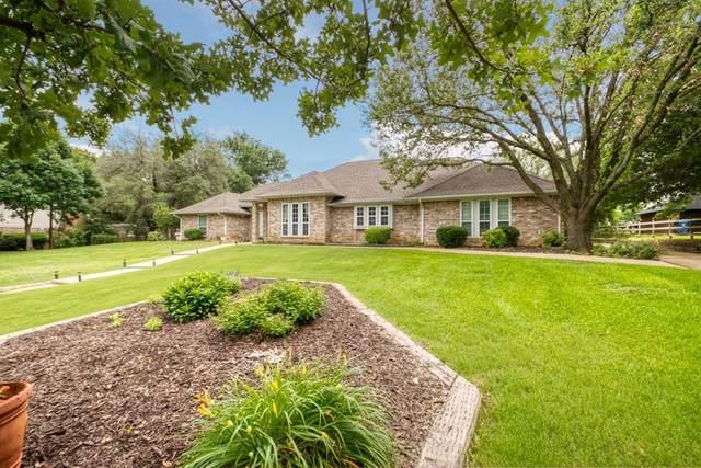 6413 Meadowcrest Lane, Flower Mound, TX 75022 (MLS #14587989) :: Real Estate By Design