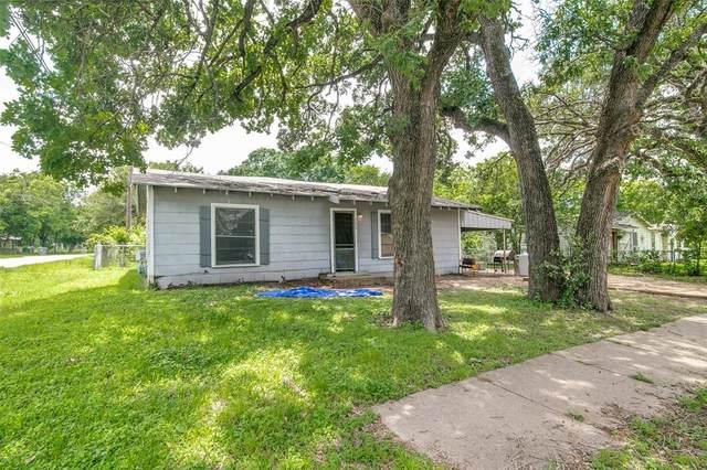 233 E College Avenue, Corsicana, TX 75110 (MLS #14588329) :: Real Estate By Design