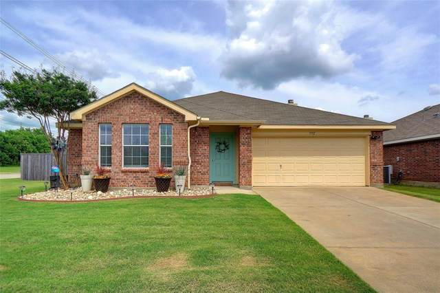 3712 Northpointe Drive, Denton, TX 76207 (MLS #14588398) :: Real Estate By Design