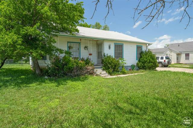 1009 Santa Clara Drive, Brownwood, TX 76801 (MLS #14588410) :: Real Estate By Design