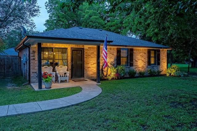 516 Oak Street, Sanger, TX 76266 (MLS #14588443) :: The Mauelshagen Group