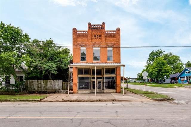421 1/2 N Houston Avenue, Denison, TX 75021 (MLS #14588834) :: The Russell-Rose Team