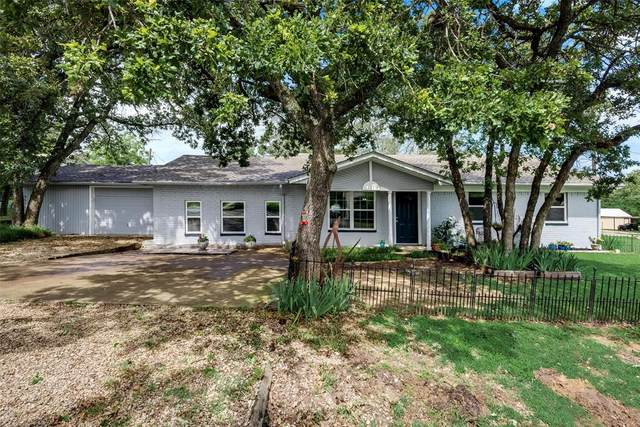 417 Cedarwood Street, Azle, TX 76020 (MLS #14588970) :: The Hornburg Real Estate Group