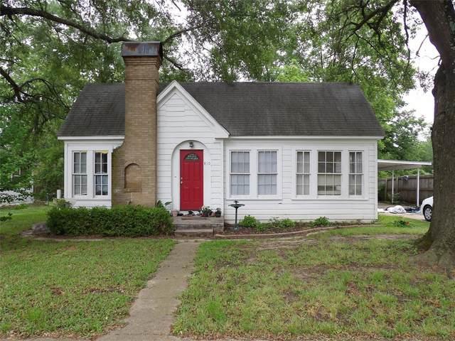 810 N Main Street, Winnsboro, TX 75494 (MLS #14589361) :: VIVO Realty