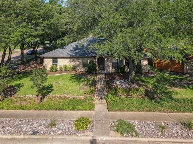 2725 N Spring Drive, Richardson, TX 75082 (MLS #14589536) :: Robbins Real Estate Group