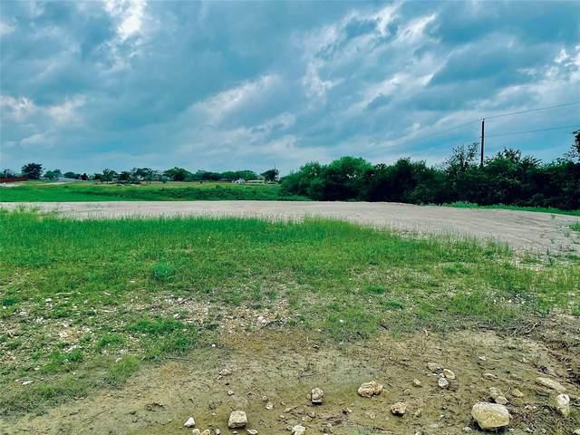 11017 Chriswood Drive, Crowley, TX 76036 (MLS #14589697) :: Craig Properties Group