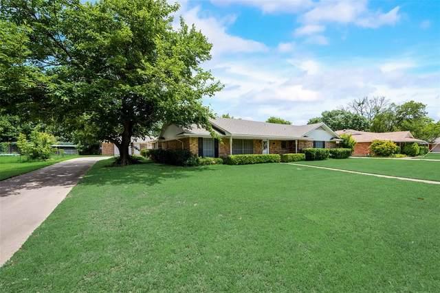 428 Mimosa Drive, Denton, TX 76201 (MLS #14589986) :: The Mauelshagen Group