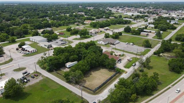 202 Crescent Street, Terrell, TX 75160 (MLS #14590967) :: The Chad Smith Team
