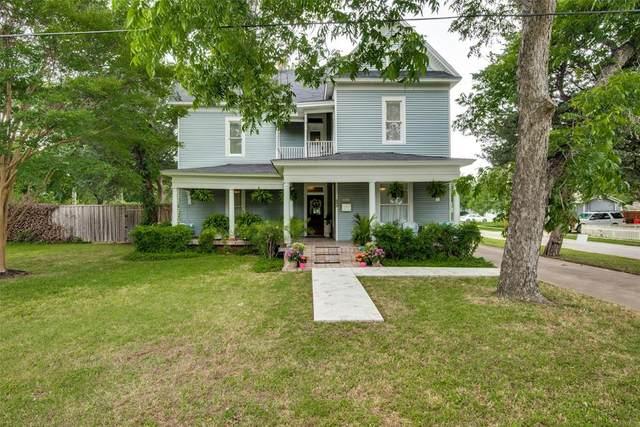 245 Herod Street, Lewisville, TX 75057 (MLS #14591315) :: Real Estate By Design