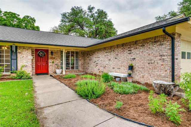 3832 Carman Drive, Benbrook, TX 76116 (MLS #14591444) :: Real Estate By Design